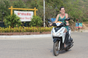 Hiring a motorbike on Koh Larn